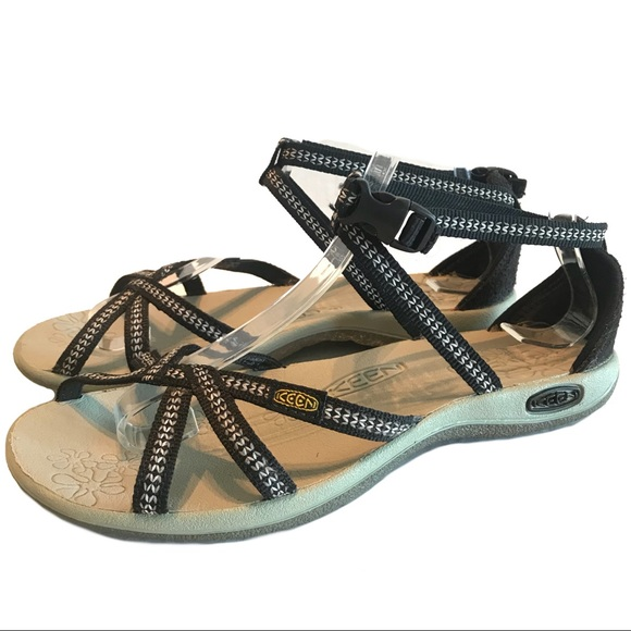 7e9cb3760be4 Keen Shoes - Keen La Paz Black Strappy Thong Sport Sandals 6.5